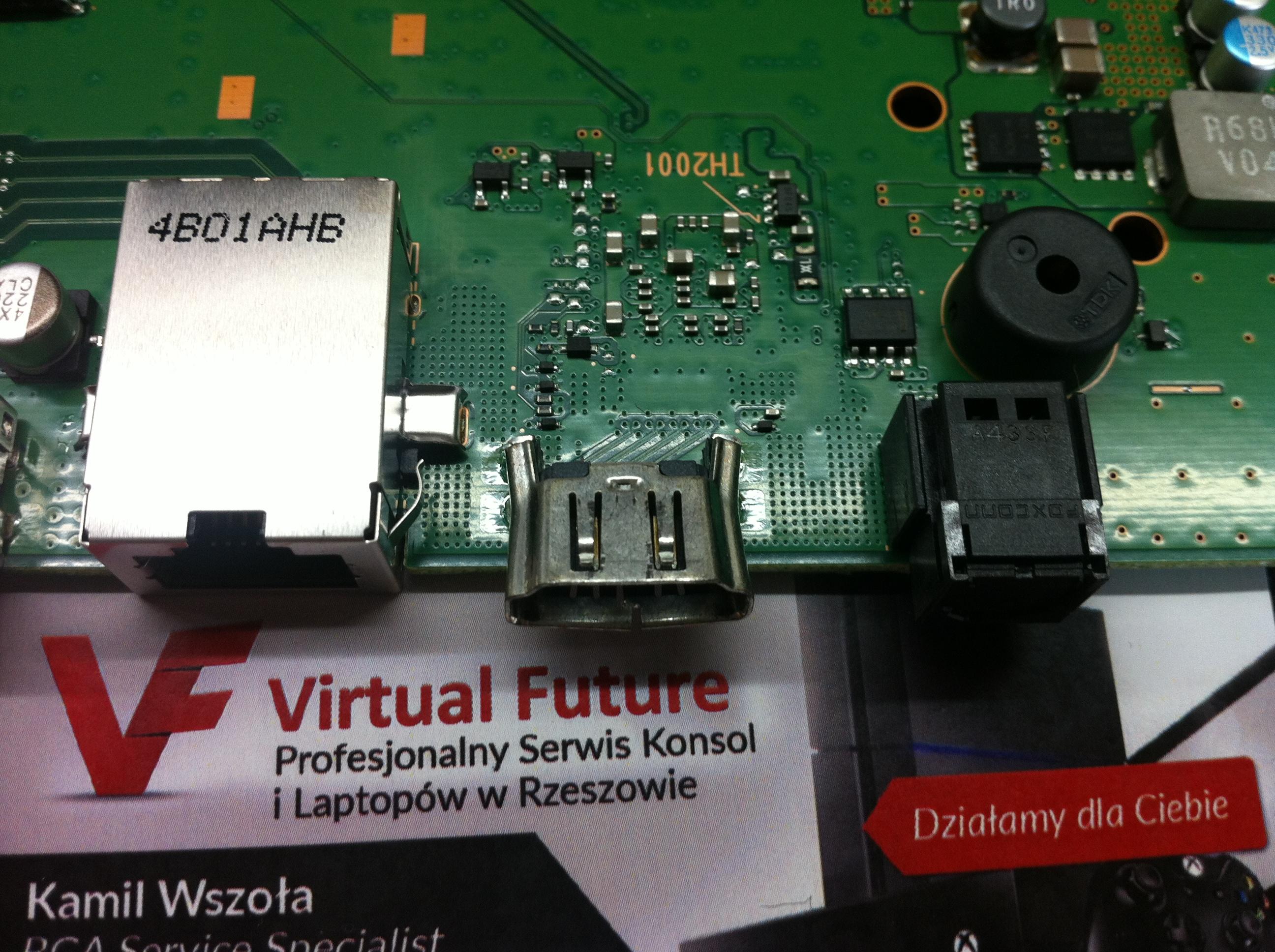 Wymiana HDMI w konsoli PS4